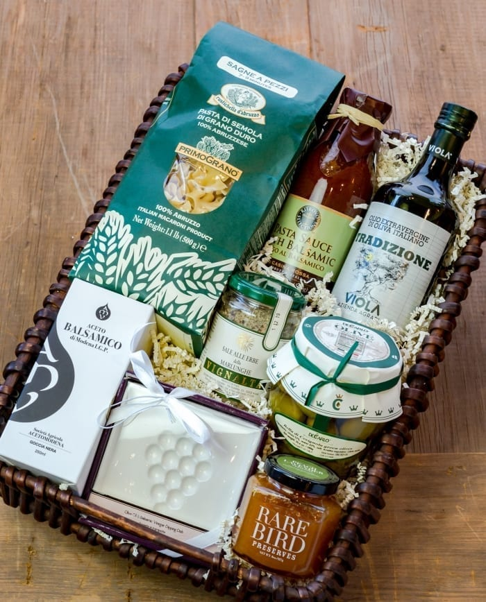 GIFT SETS, CARDS & GIFT BASKETS